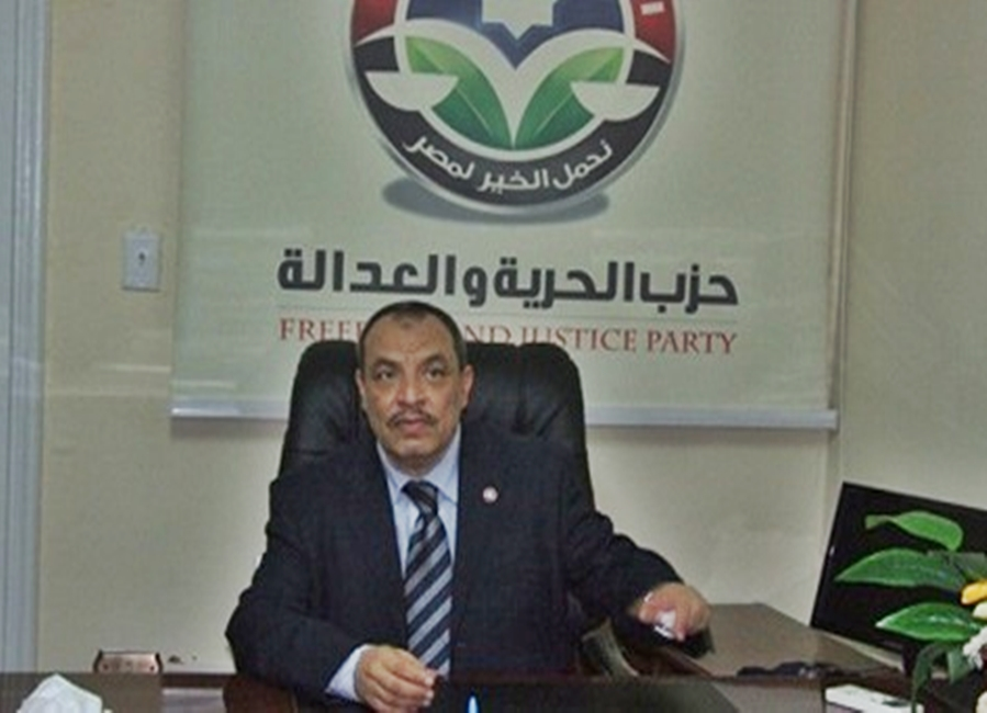 Who is the head of the administrative office of the Muslim Brotherhood abroad